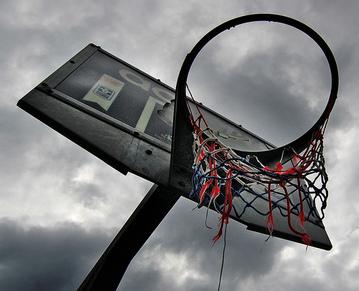 http://www.fussballboom.de/wp-content/uploads/2008/07/basketballkorb.jpg